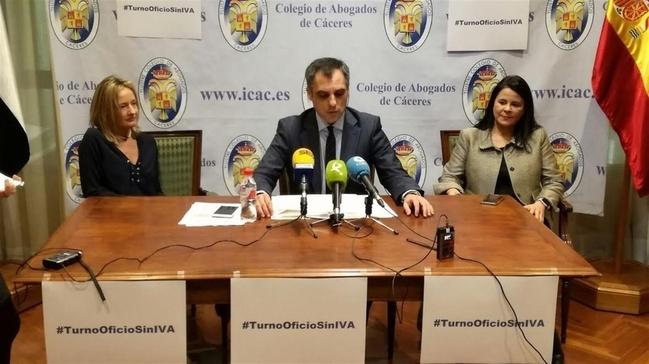 El Colegio de Abogados de Cáceres rechaza el pago del IVA en el Turno de Oficio porque