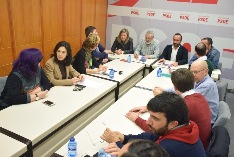 El PSOE de Cáceres expulsa al alcalde de Torrejón el Rubio tras ser