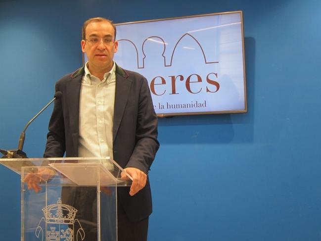 Cáceres se suma a la campaña para fomentar el uso del cinturón de seguridad con controles de la Policía Local