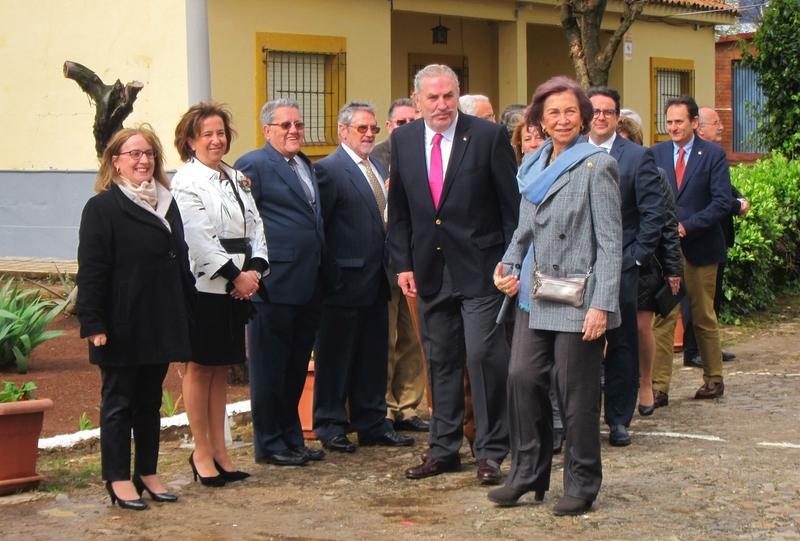 La alcaldesa de Cáceres destaca el respeto y el cariño que la Reina Sofía ha mostrado en su visita a la ciudad