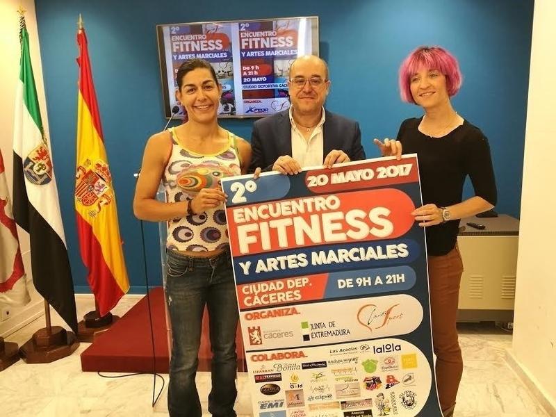 Una decena de centros deportivos de Cáceres se unen en una jornada para difundir hábitos saludables