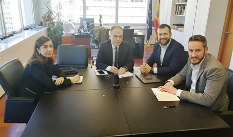El presidente de ADIF se compromete a mejorar la integración del ferrocarril en Cáceres, según el PSOE