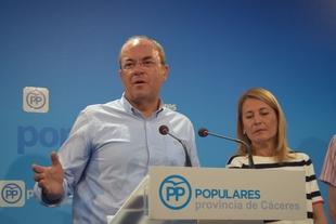 Monago afirma que 'sería un estram-bote' que el PSOE 'se pusiera mañana de perfil' con la mina de litio en Cáceres