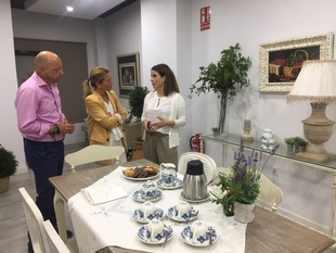 La alcaldesa de Cáceres destaca la importancia de proyectos innovadores relacionados con la gastronomía