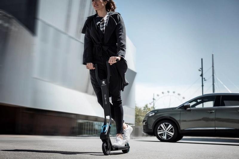 Cáceres regulará el uso de bicicletas y patinetes eléctricos, que tendrán zonas de uso compartido con peatones