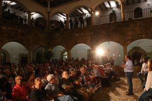 El PSOE celebra sus cien años de socialismo en Cáceres
