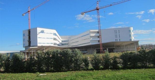 UGT denuncia la falta de negociación en el traslado del personal al nuevo hospital de Cáceres