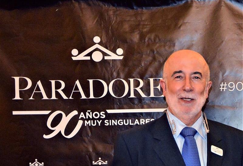 José Menguiano recibe el premio Estrella de Oro al Mejor Director del Año
