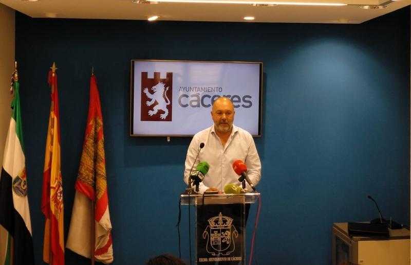 """Alcántara: """"Cáceres necesita de infraestructuras que nos permitan salir de la cola de las estadísticas"""""""