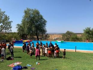 Las piscinas públicas abrirán gratuitamente el día 9