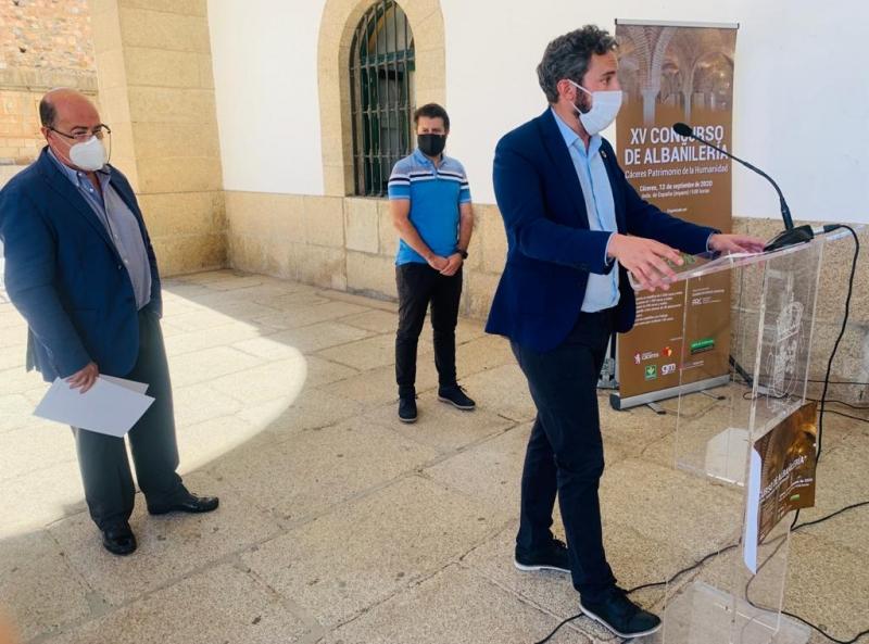 El Ayuntamiento de Cáceres agradece a la Fecons, iniciativas como la XV edición del concurso de albañilería 'Cáceres Patrimonio de Humanidad'