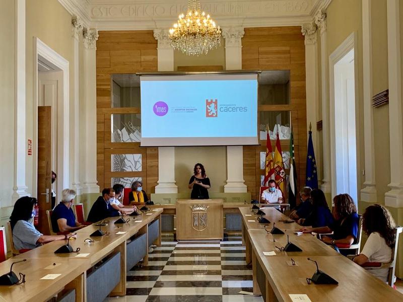 El Ayuntamiento de Cáceres trabaja en la elaboración del Plan de Prevención del Suicidio