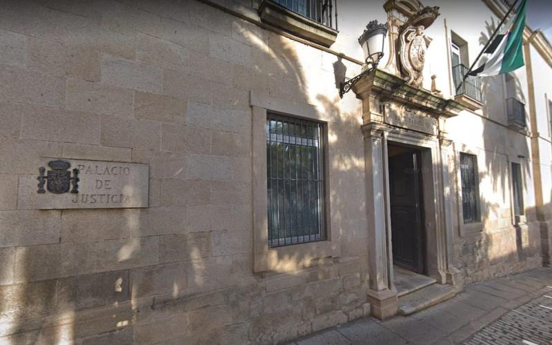 El TSJ de Extremadura ratifica las medidas restrictivas de reuniones sociales a 6 personas del gobierno autonómico