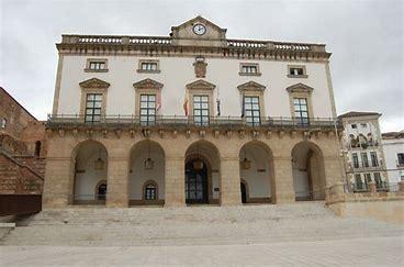 El Ayuntamiento de Cáceres gasta 4,3 millones de euros a la gestión de la crisis sanitaria en la ciudad
