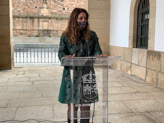 El Ayuntamiento de Cáceres destinará este año 1.200 euros al concurso de escaparates de navidad