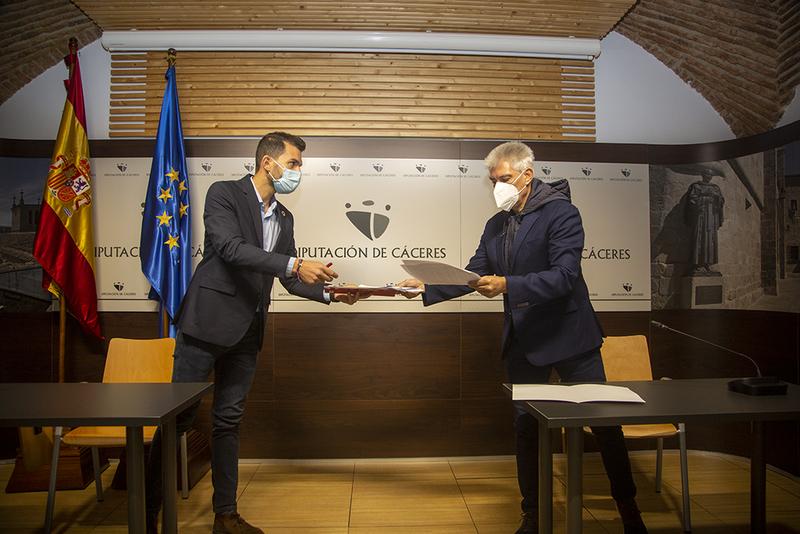 PSOE y C's llegan a un acuerdo para los presupuestos provinciales al incluirse una partida de un millón de euros para deportes y turismo