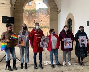 El Ayuntamiento de Cáceres y 'Extremadura Entiende' inician una campaña para dar visibilidad a las mujeres lesbianas, trans y bisexuales