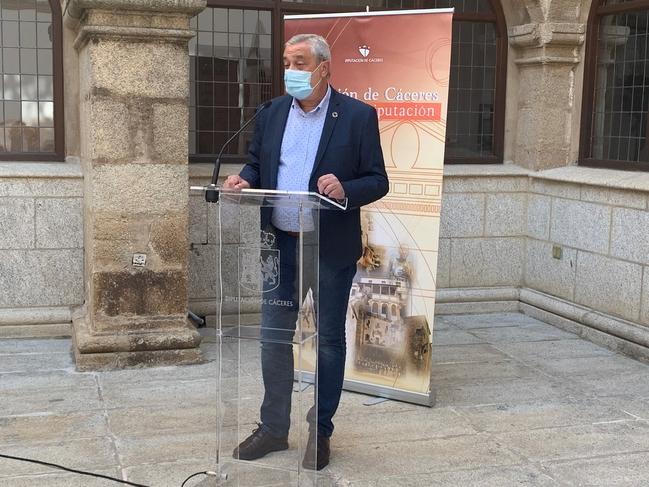 El PSOE propone por unanimidad al diputado Carlos Carlos para presidir la Diputación Provincial de Cáceres