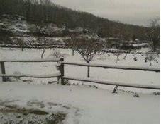 El 112 de Extremadura activa la alerta naranja este jueves por acumulación de nieve en Montánchez y Villuercas