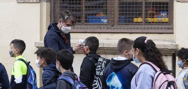 El Ayuntamiento de Cáceres pondrá en marcha, mañana domingo, las calefacciones de los colegios públicos para que estén aclimatados el lunes