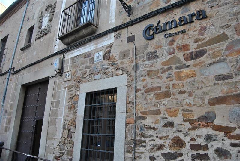 La Cámara de Comercio de Cáceres apoya al comercio y la hostelería y pide indemnizaciones suficientes para paliar sus pérdidas