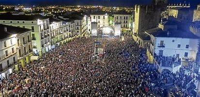 Se acuerda la suspensión del  WOMAD 2021 y destinar los 400.000 euros de presupuesto a una programación cultural en la ciudad