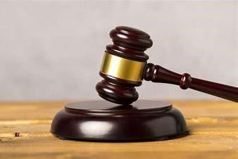 El Juzgado Nº1 de Cáceres declara improcedente el despido de una trabajadora que no pudo regresar a España al decretarse el estado de alarma