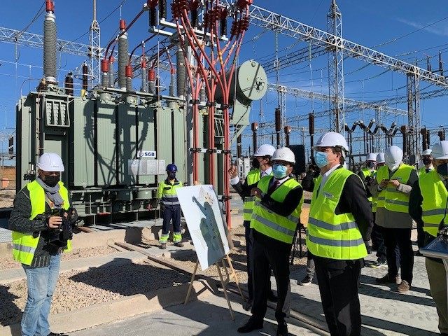 Pitarch invierte 2 millones de euros en un nuevo transformador eléctrico con 100 MVA de potencia en Cáceres.