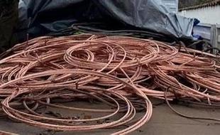 Condenadas cuatro personas, dos de ellas menores, por robar 150 kilos de cable de cobre del alumbrado público de la ciudad