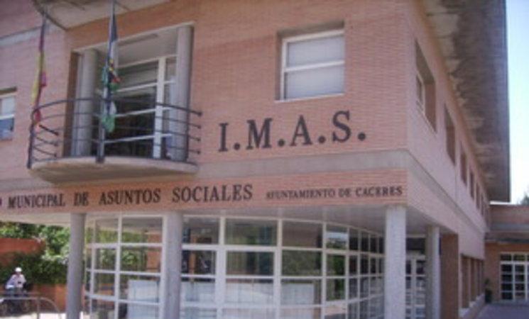 El Instituto Municipal de Asuntos Sociales concede 673 ayudas por un importe de casi 340.000 euros en el primer trimestre de este año