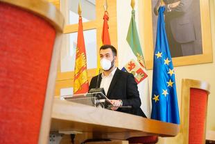 Los presupuestos del ayuntamiento de este año, con 78,9 millones de euros, darán un impulso definitivo a la ciudad, según Salaya