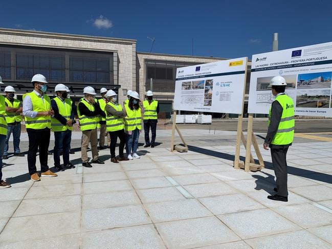 Las obras de adaptación a la alta velocidad de la estación de ferrocarril de Cáceres estarán terminadas después del verano