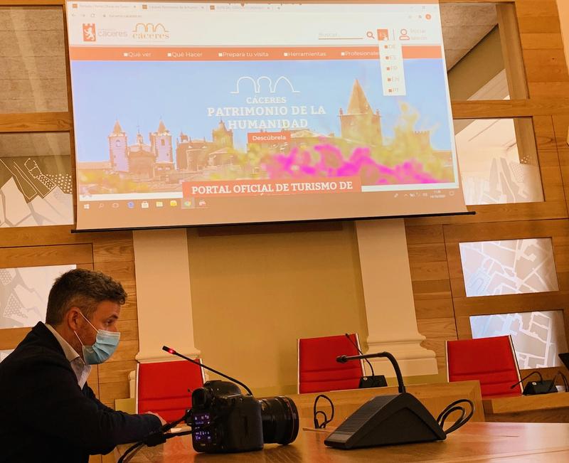 El ayuntamiento cacereño elaborará un plan director para estudiar la transformación digital de la ciudad