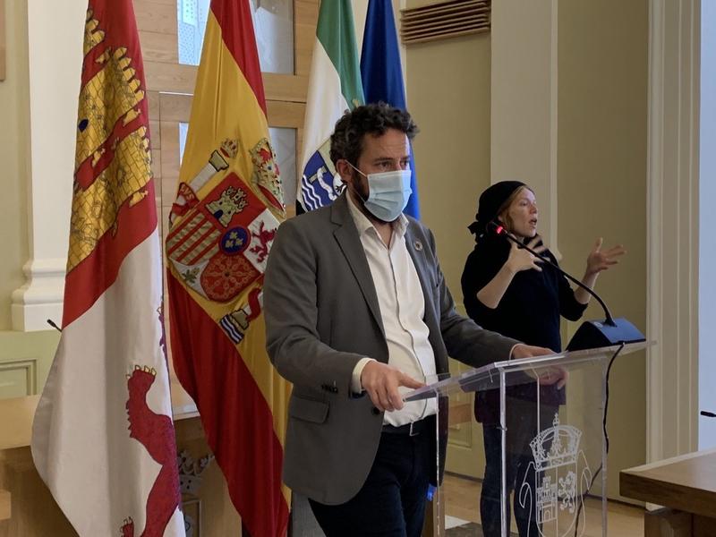 A partir del mes de julio no será necesario pedir cita previa para ser atendido en el Ayuntamiento de Cáceres