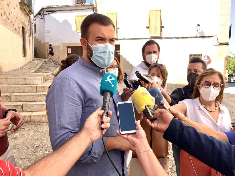 El alcalde pide extremar las precauciones ante el aumento de los contagios en la ciudad para no sacrificar los esfuerzos realizados