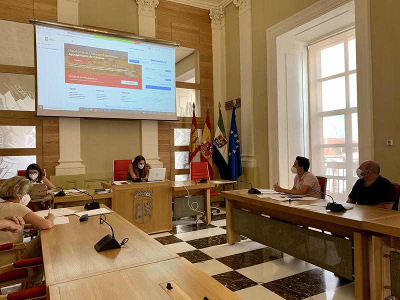 El Ayuntamiento da un nuevo paso en la administración digital con la primera Mesa Electrónica de Contratación