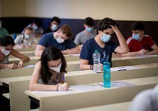 El ayuntamiento advierte a los cerca de 2.000 aspirantes que mañana se examinan para las listas de educación infantil que prevean los atascos