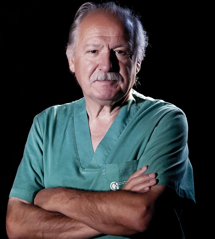 El doctor Jesús Usón, fundador del Centro de Cirugía de Mínima Invasión de Cáceres, recibirá el I Premio a la Excelencia Sanitaria del COLVET