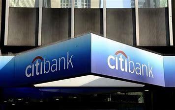 El TS confirma la condena a 6 años de prisión del que fuera director de una sucursal de Citibank de Cáceres por apropiarse de 1,5 millones de clientes