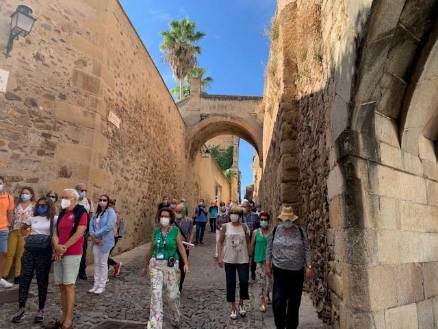 El turismo en Cáceres bate récords en el mes de agosto, desde que se tienen registros sobre pernoctaciones en hoteles y apartamentos turísticos