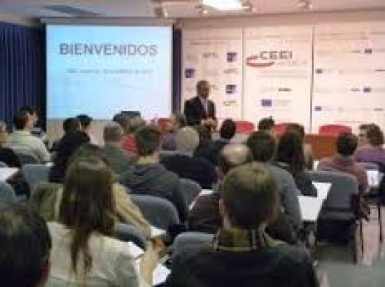 Malpartida de Plasencia acoge la primera Jornada de Activación Empresarial de 2014